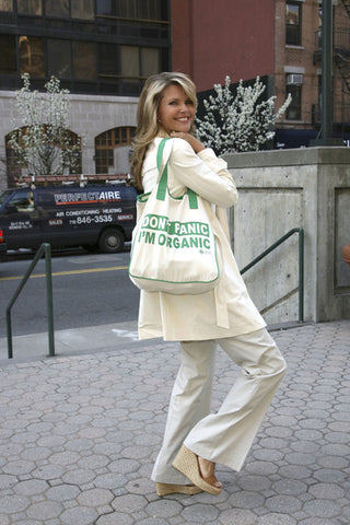 Christie brinkley wearing tote bag