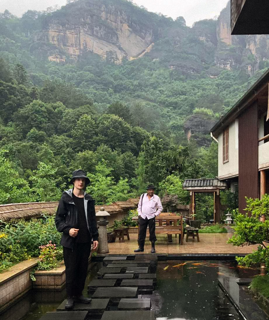 Destination Tastings in Wuyishan led by Xiang Tu Cha Shuo