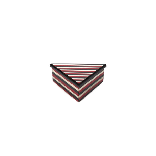 Triangle Stripes red box