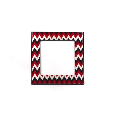 Chevron red frames