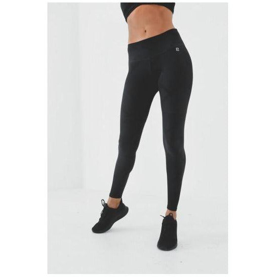 Black leggings from Studio 128 by Body Language.
