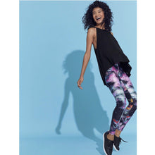 Load image into Gallery viewer, Fun leggings from Terez available at Studio 128.
