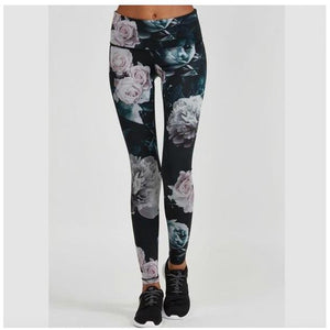 High waisted and high quality leggings from Studio 128.
