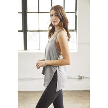 Load image into Gallery viewer, Stylish workout tanks from Studio 128.