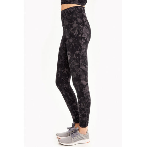 The best selection in high end women's leggings available at Studio 128.