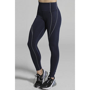 Beautiful Navy leggings from 925 Fit available at Studio 128.