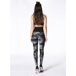 Reversible leggings from NUX carried by Studio 128.