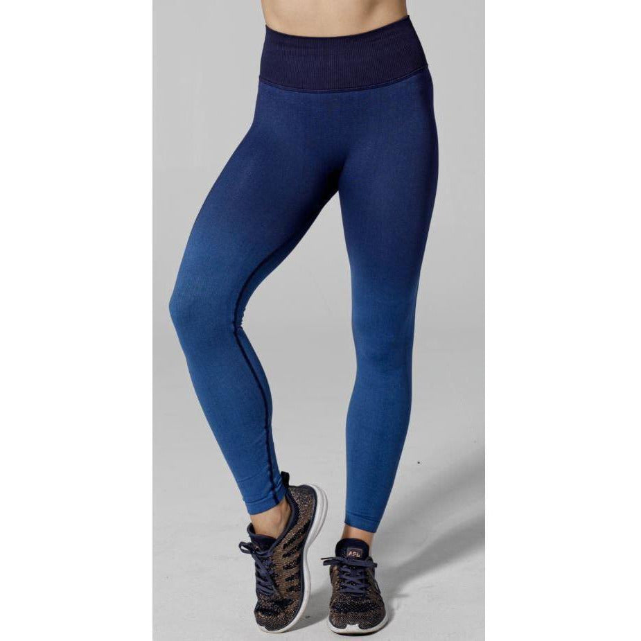 Best selection of seamless leggings at Studio 128.