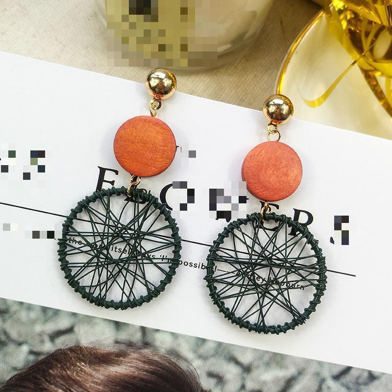 New Exaggerated Big Circle Earrings Female Temperament Personality Wild Circle Ring Pendant Earrings Long Paragraph Many Colour