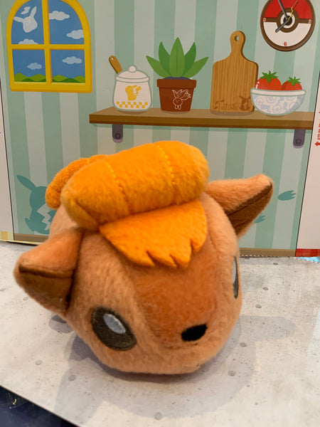 Pokemon Vulpix Palm Friends Series Plush (In-stock)