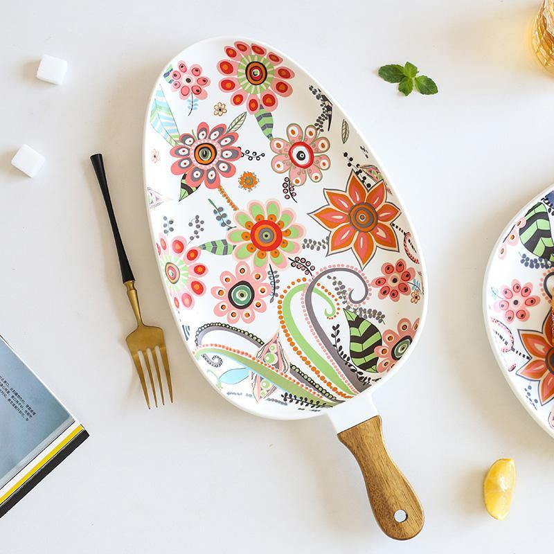 Batèk Floral Handle Ellipse Plate - TOV Collection