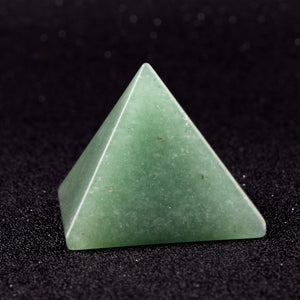 40*30mm Natural Aventurine Egypt Pyramid Figurines - HYM Store