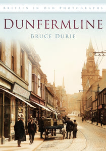 Dunfermline in Old Photographs-9780752455730