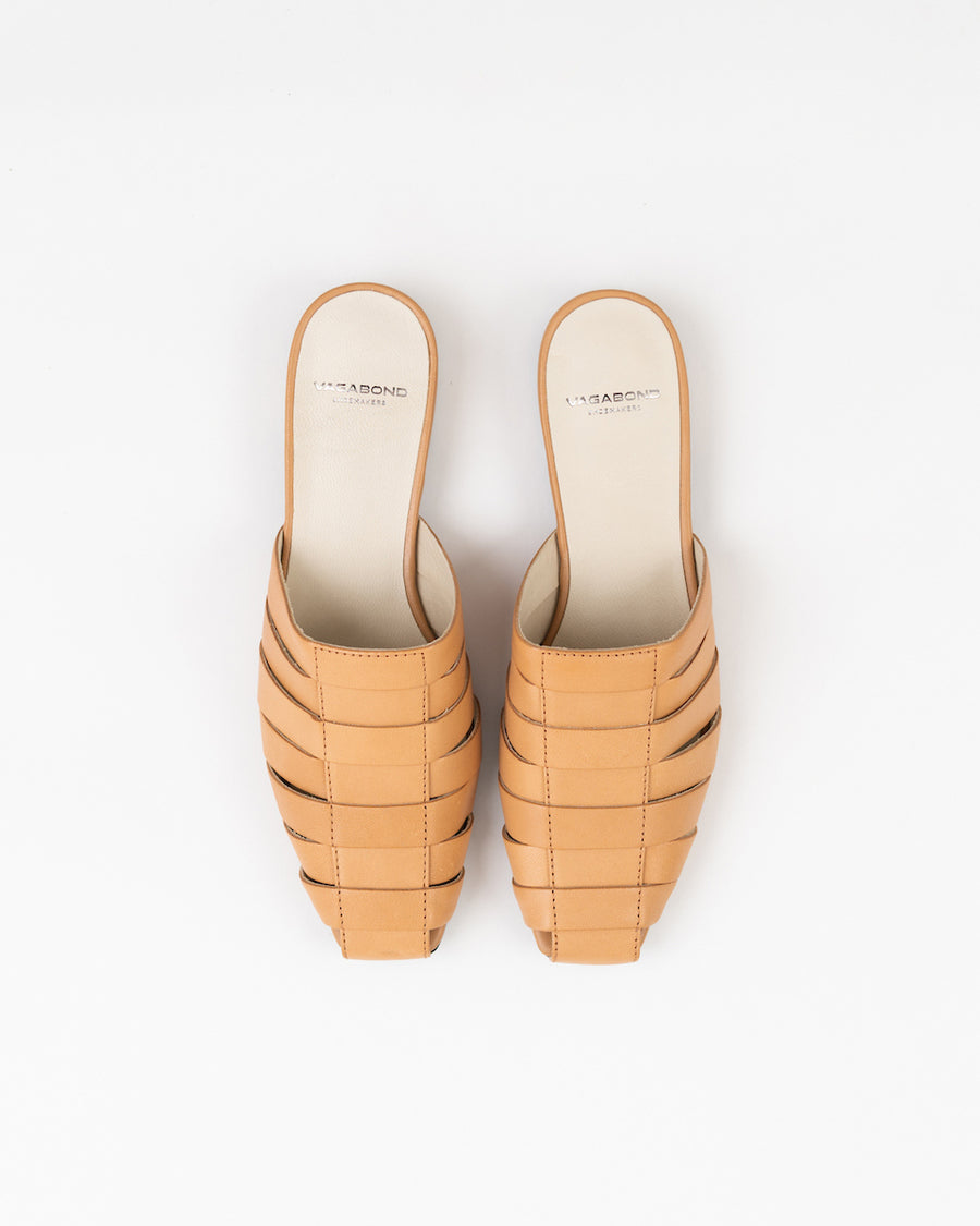 Clementines Seattle Womens Shoes Vagabond Nikki Mules Beige Leather
