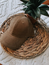 Load image into Gallery viewer, Corduroy Baseball Cap (Camel)