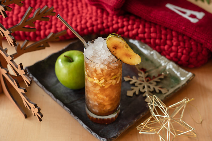 Dots and Loops Apple Swizzle
