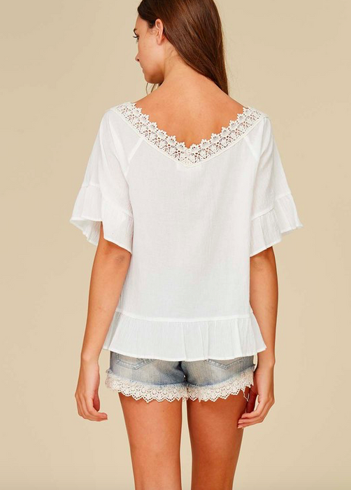 Listicle embroidered top w ruffle sleeves