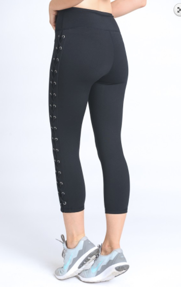 Mono B high waist capri leggings w/eyelets