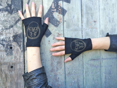 Fingerless Merino Gloves - Short