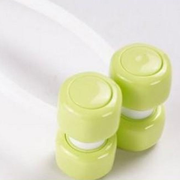 Rolling-Type Facial Relaxation Anti-Wrinkle Massager ? Green