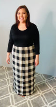Load and play video in Gallery viewer, Long Sleeve Maxi Dress with Black Top and Off-White Plaid Bottom
