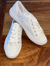 Load image into Gallery viewer, Flirty White Sneaker