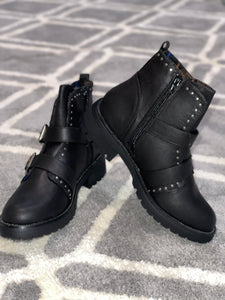 Maverick Black Boot