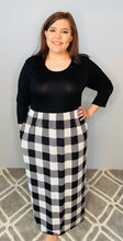 Load image into Gallery viewer, Long Sleeve Maxi Dress with Black Top and Off-White Plaid Bottom