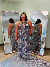 Load image into Gallery viewer, Grey Leopard Maxi
