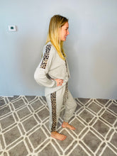 Load image into Gallery viewer, Gray Animal Print Side Strip Joggers