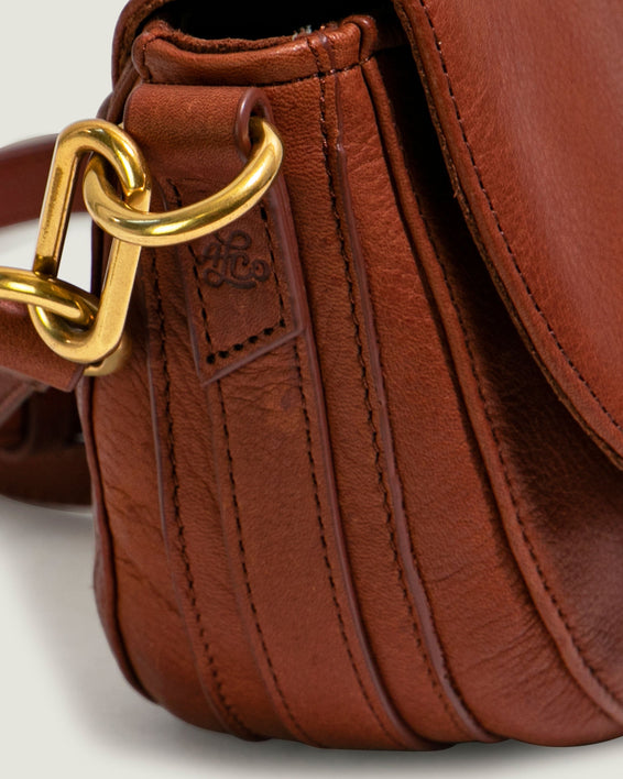 Azalea Saddle Crossbody - brandy detail