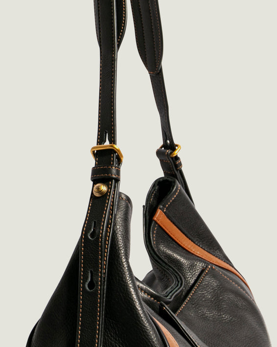 American Leather Co. Aster Shoulder Bag Black - detail