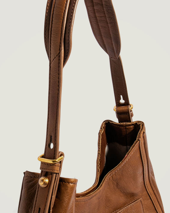 American Leather Co. Aster Shoulder Bag Luggage - detail