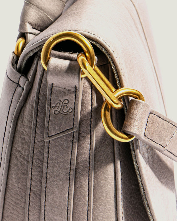 American Leather Co. Butternut Saddle Bag Ash Grey - detail