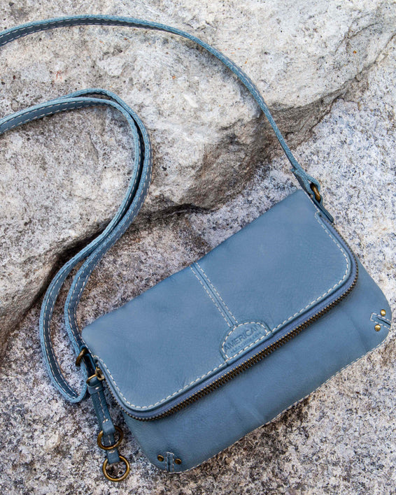 Ithaca Crossbody - bay blue lifestyle