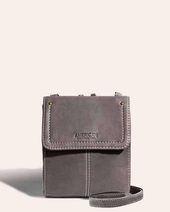 Kansas Crossbody - ash grey front