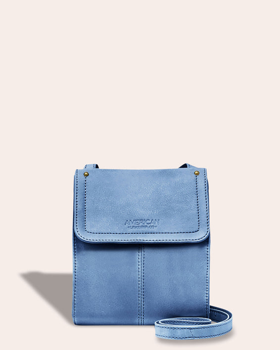 Kansas Crossbody - bay blue front