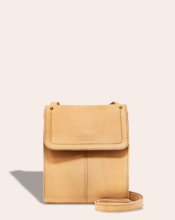 Kansas Crossbody - butter rum front