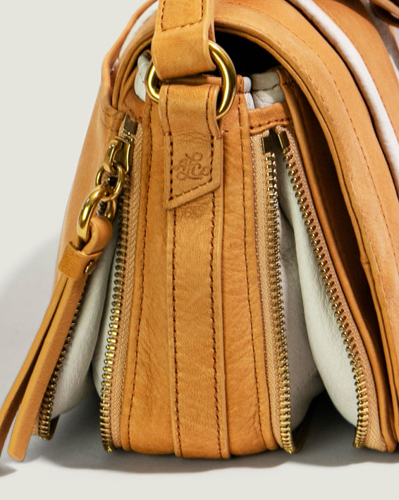 Maple Flap Crossbody - apricot detail