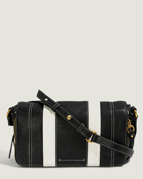 Maple Flap Crossbody - black front
