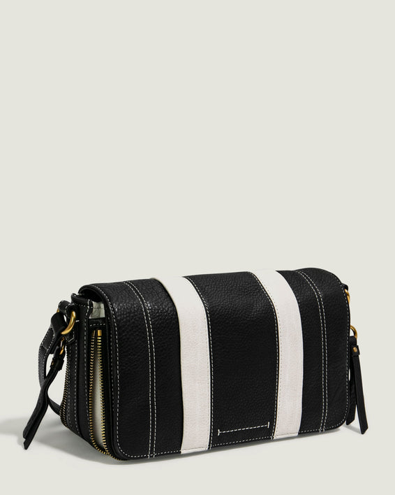 Maple Flap Crossbody - black side angle