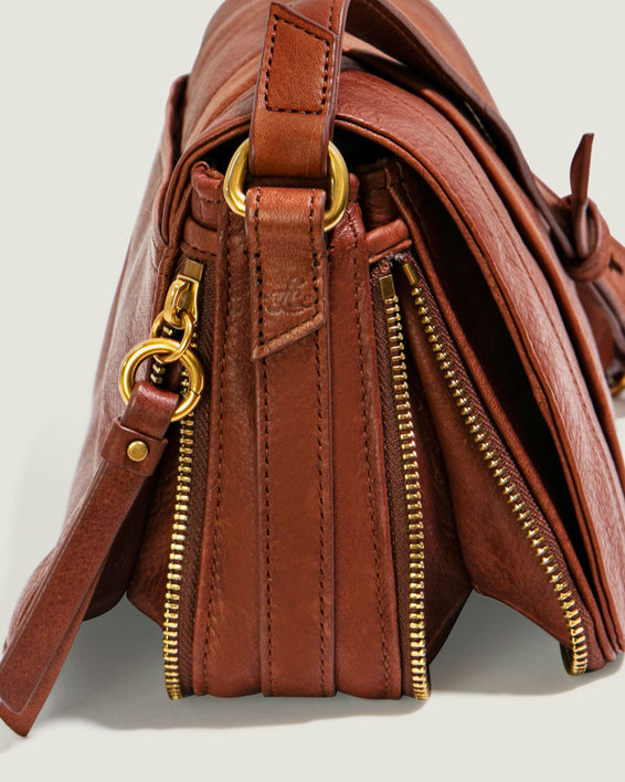Maple Flap Crossbody - brandy detail