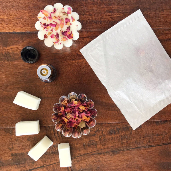 Peppermint and Rose Soap Making Kit