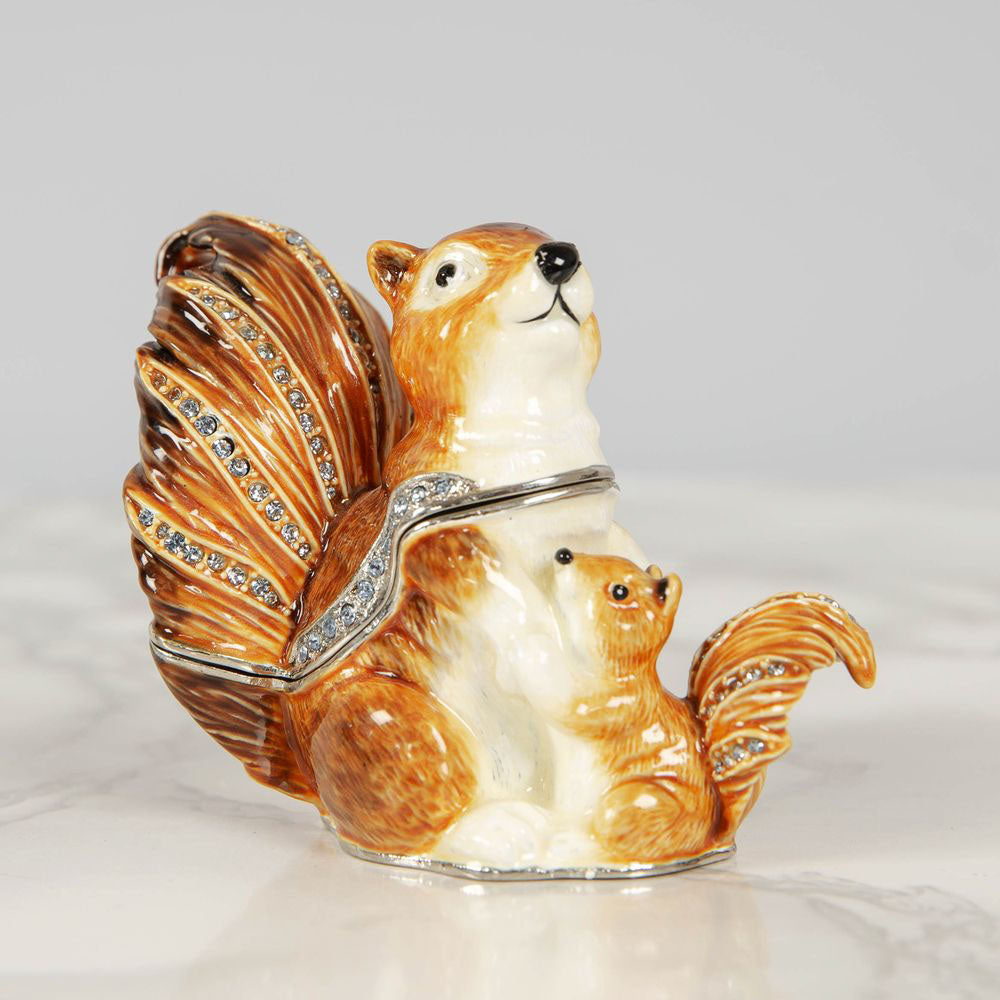 Treasured Trinkets Squirrel And Baby Trinket Box
