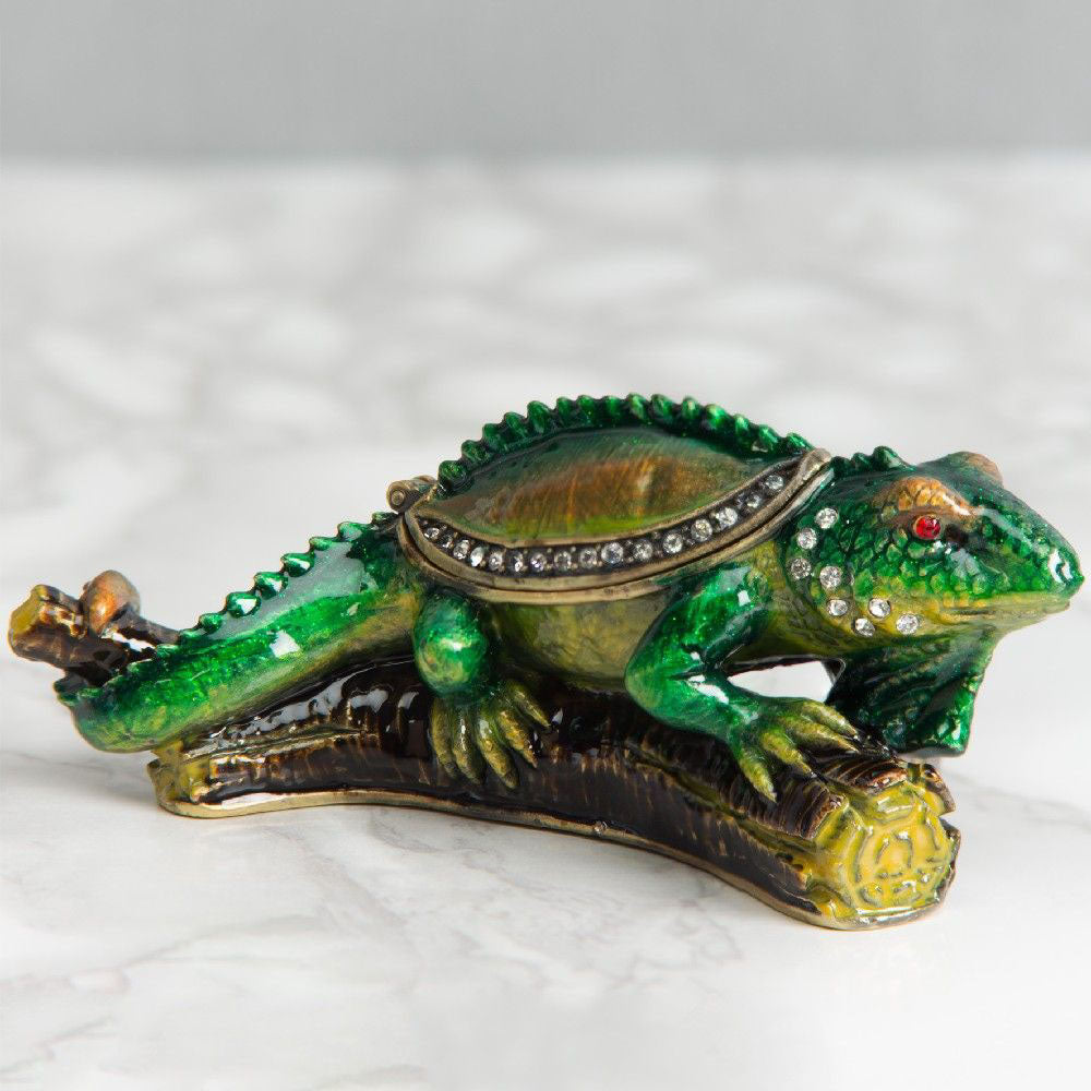 Treasured Trinkets  Lizard on Branch Trinket Box