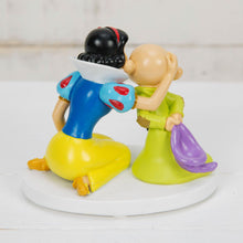 Load image into Gallery viewer, Disney Magical Moments Figurine - Snow White & Dopey