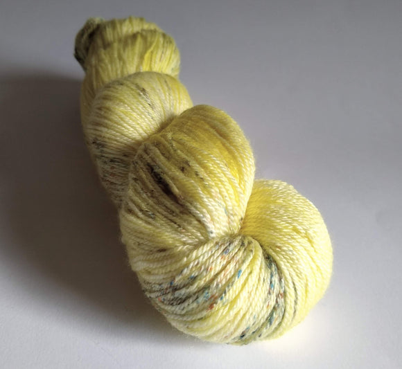 Primrose Luxury Owl hand dyed Blue Faced Leicester/Silk/Cashmere fingering/4ply/sock yarn