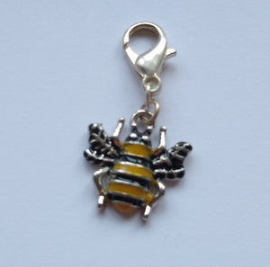 Bee progress keeper/stitch marker