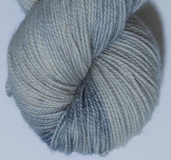 Cloudy 100% Bluefaced Leicester high twist superwash fingering/4ply/sock yarn