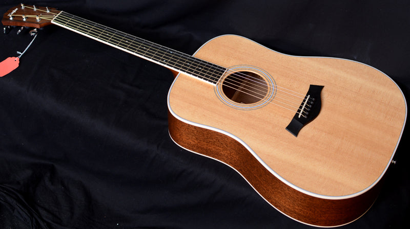 Taylor DN3 Dreadnought